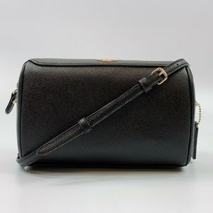 F76629 Crossgrain Leather Bennett Crossbody